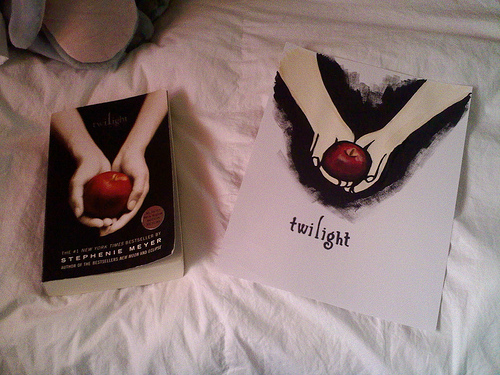 my first twilight painting ><